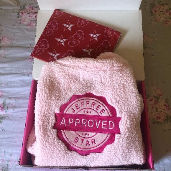 Jeffree Star Jackets & Blazers - Jeffree Star pink fuzzy jacket